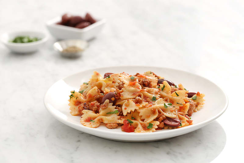 Farfalle with Spicy Chicken Ragout