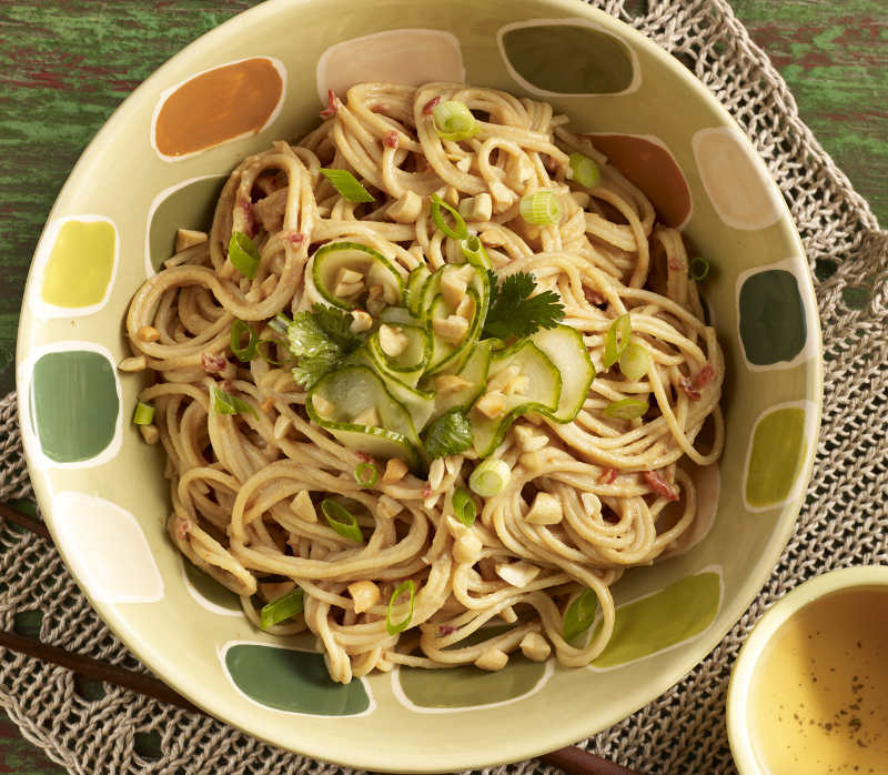 Sweet & Tangy Spaghetti with Peanut Sauce Dressing