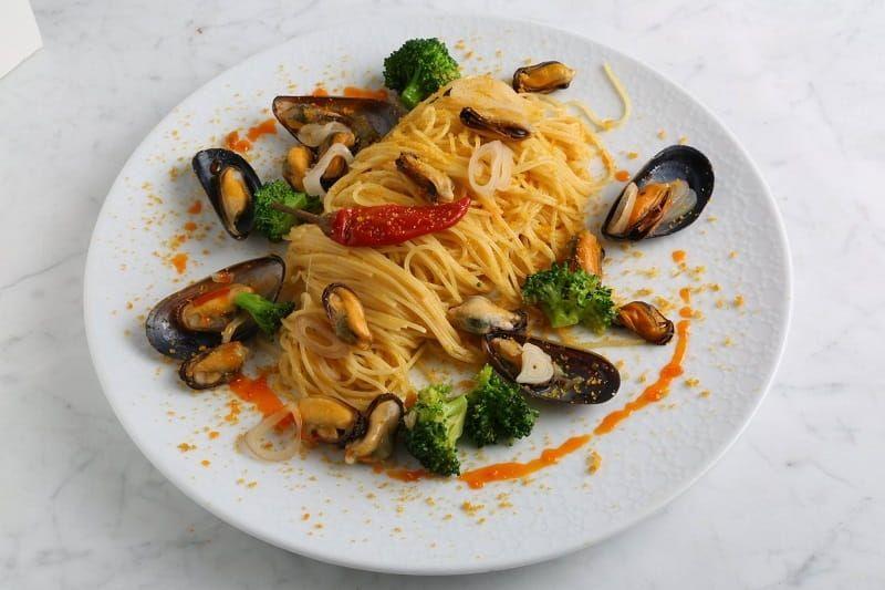 Angel Hair Pasta Recipe with Mussels & Bottarga
