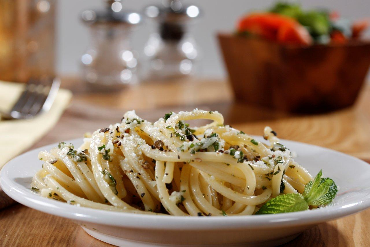 Cacio e Pepe Pasta with Aromatic Herbs Recipe