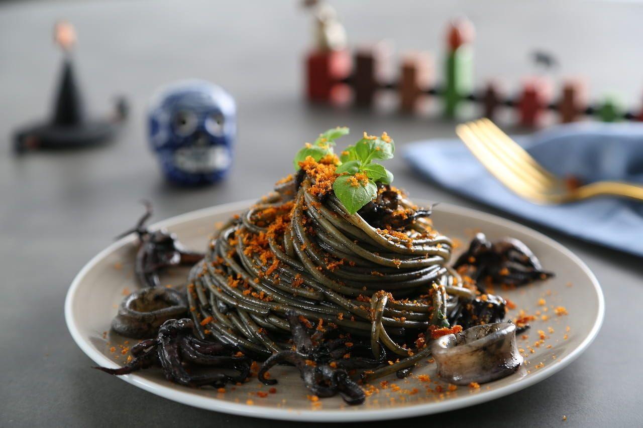 Collezione Penne Pasta Recipe with Squid Ink