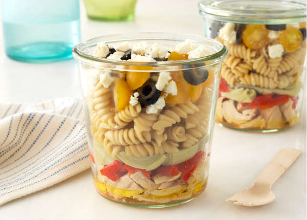 Meal Prepping Mason Jar Pasta Salad Recipes