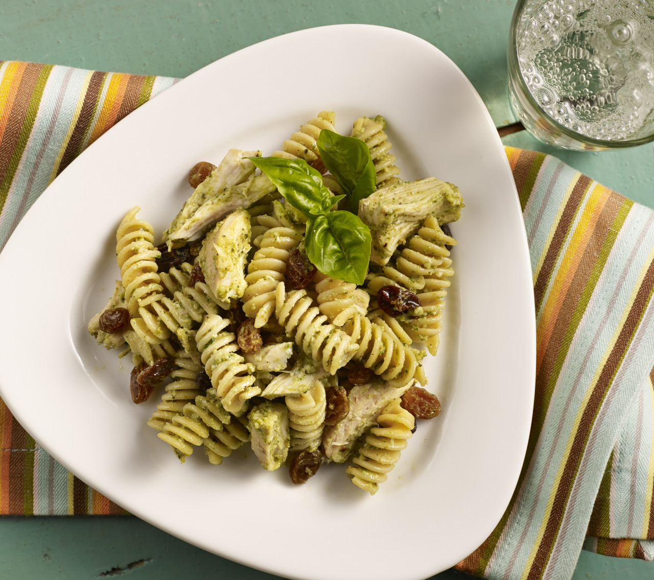 Nutty Rotini with Chicken and Raisins