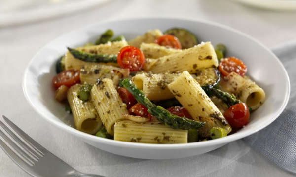 Rigatoni Pasta Recipe for a Mediterranean Diet with Barilla Basil Pesto