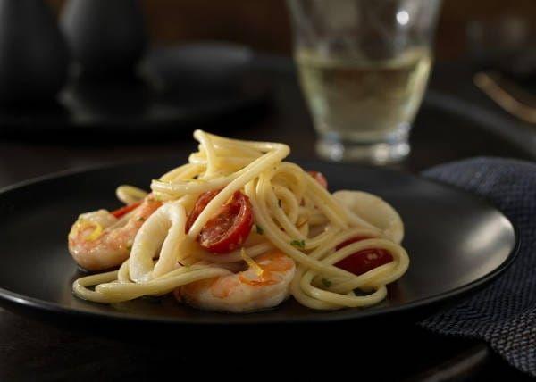 Seafood Spaghetti Recipe with Saffron White Wine Sauce