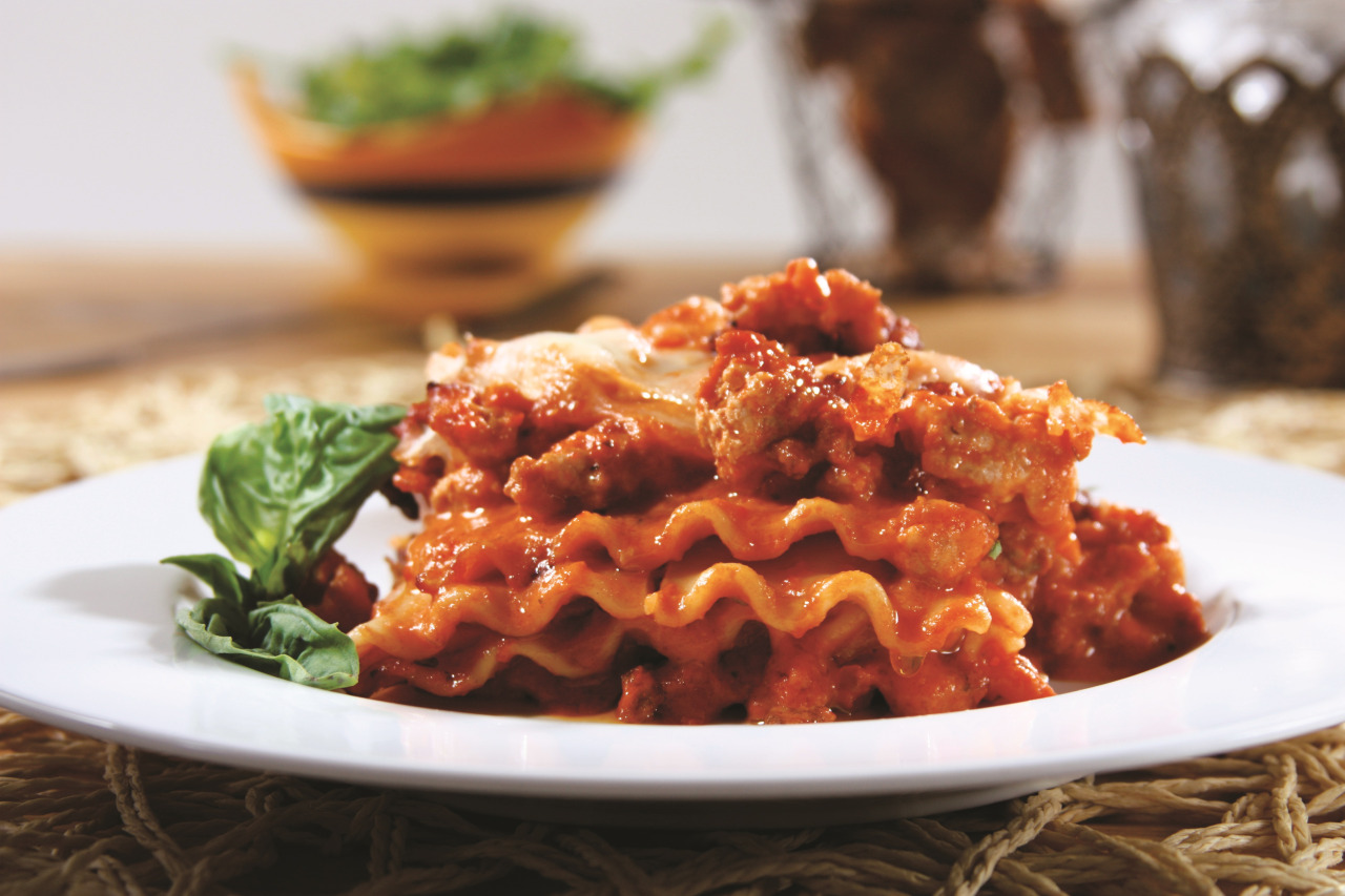 Wavy Lasagna with Creamy Marinara Meat Sauce Recipe