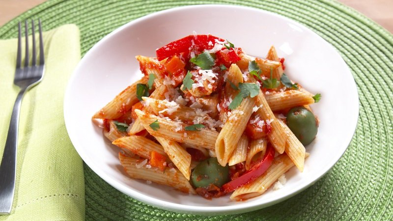 Chicken and Penne Puerto Rican Style