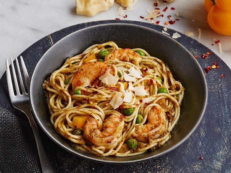 Barilla pasta with pesto pepper shrimp