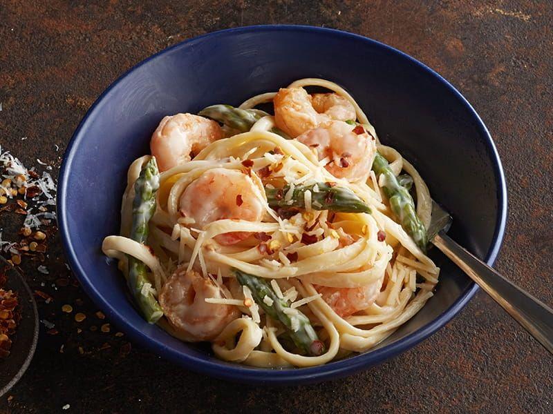 barilla spicy shrimp pasta in garlic cream sauce