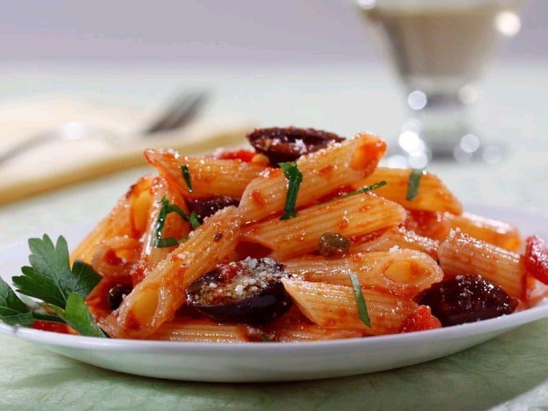 Barilla gluten free pasta penne puttanesca sauce