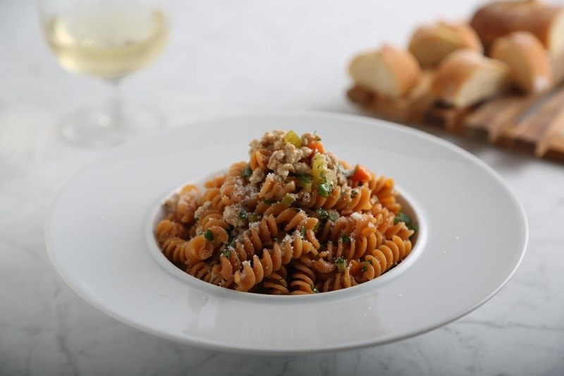 Barilla Red Lentil Rotini with Rosemary Chicken