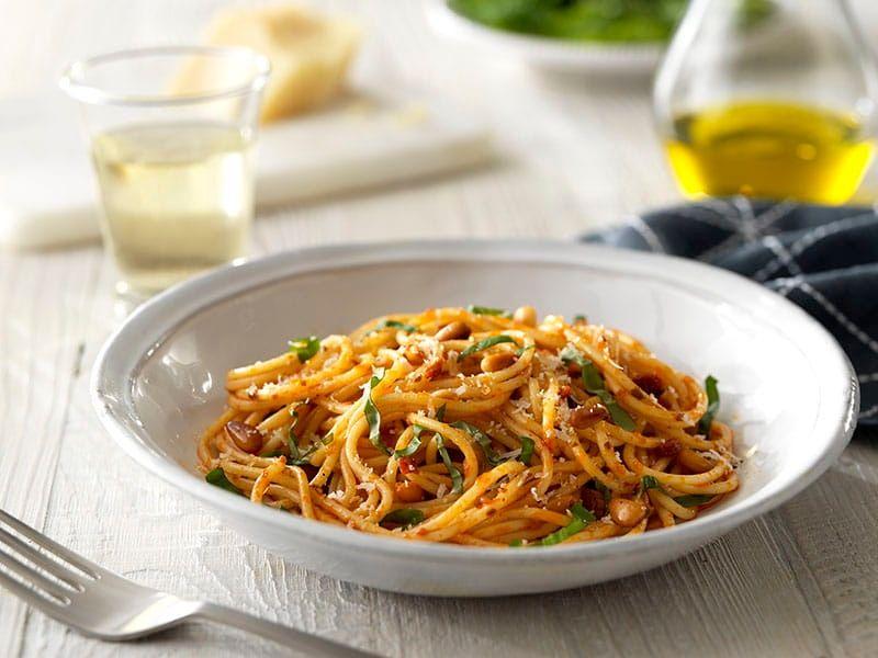 Barilla Sun-dried Tomato Pesto with Spaghetti recipe