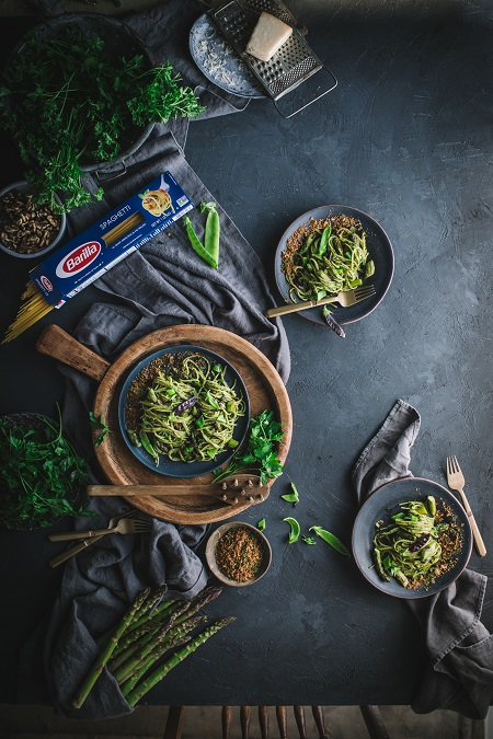 Parsley Anchovy Pesto Spaghetti Recipe with Asparagus, Caramelized Spring Onions and Toasted Garlic Breadcrumbs
