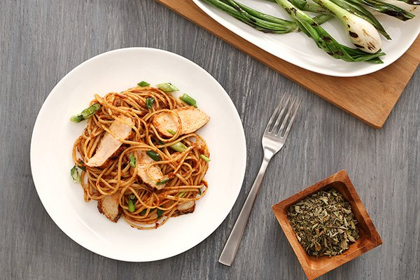 Rustic Grilled Chicken Linguine Recipe with Grilled Spring Onions