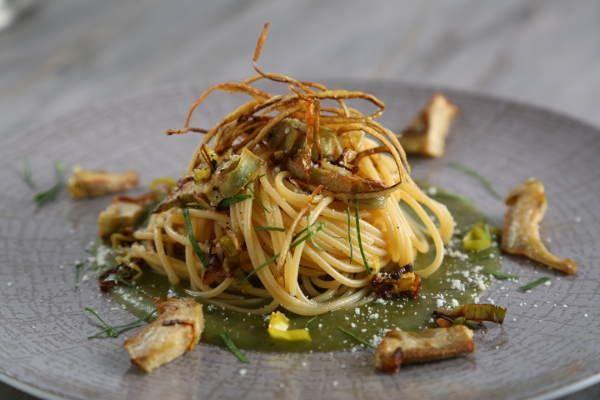 Thick Spaghetti Recipe with Leeks, Artichokes & Potatoes