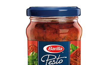 Barilla Sun-dried Tomato Pesto jar