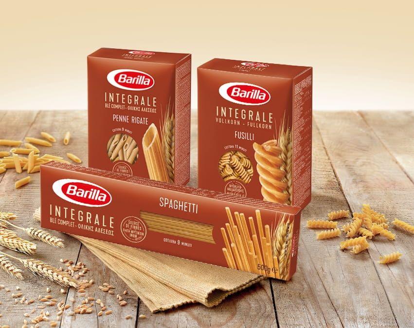 Integralna tjestenina, fusilli, rebraste penne rigate, špageti, integralne farfalle barilla u pakiranju. Najbolji izbor