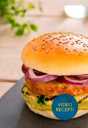 Piščančji burger z zelenjavo in Pesto Genovese Barilla
