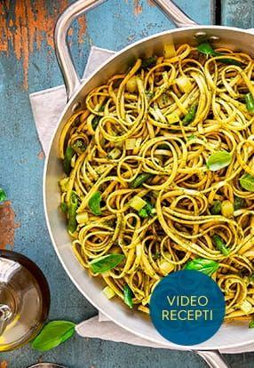 Ploščati špageti z Pesto Genovese Barilla, krompirjem in stročjim fižolom